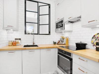 modern kitchen subway